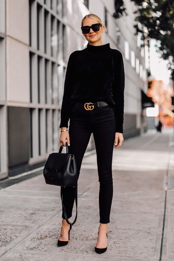 black pumps outfit